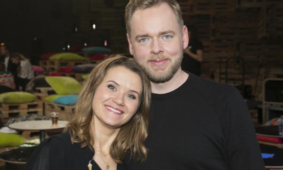 FORELDRE FOR TREDJE GANG: NRK-paret Live Nelvik og Tore Sagen venter sitt tredje barn. Foto: Espen Solli/ Aller Media