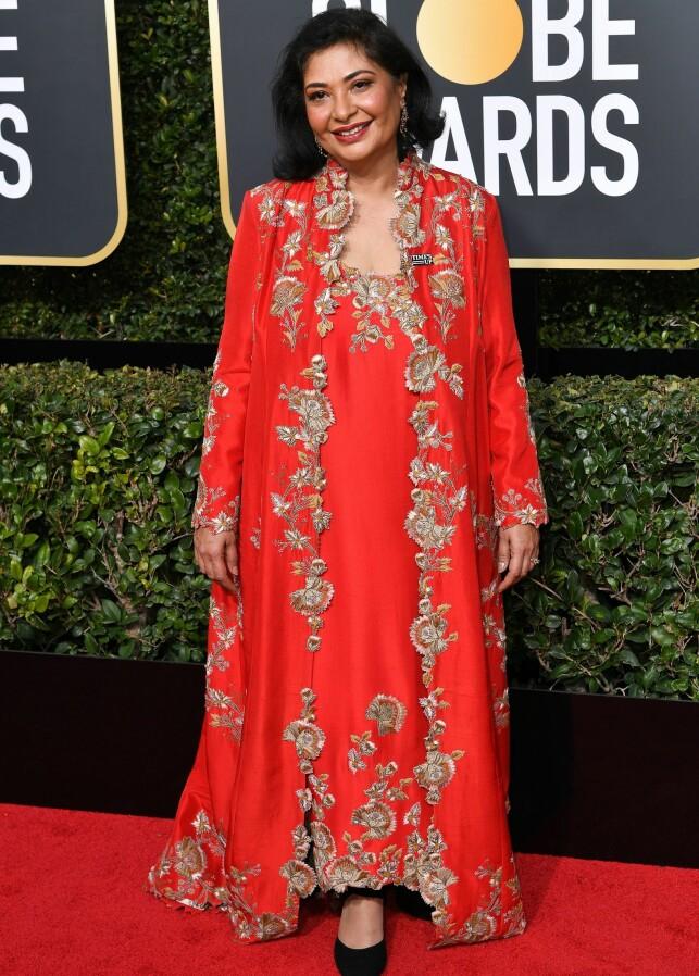 FARGESTERK: Meher Tatna, som er født i Mumbai, sa til Entertainment Tonight at hun droppet svart av kulturelle grunner. - Når man feirer, kler man seg ikke i svart. Foto: NTB scanpix
