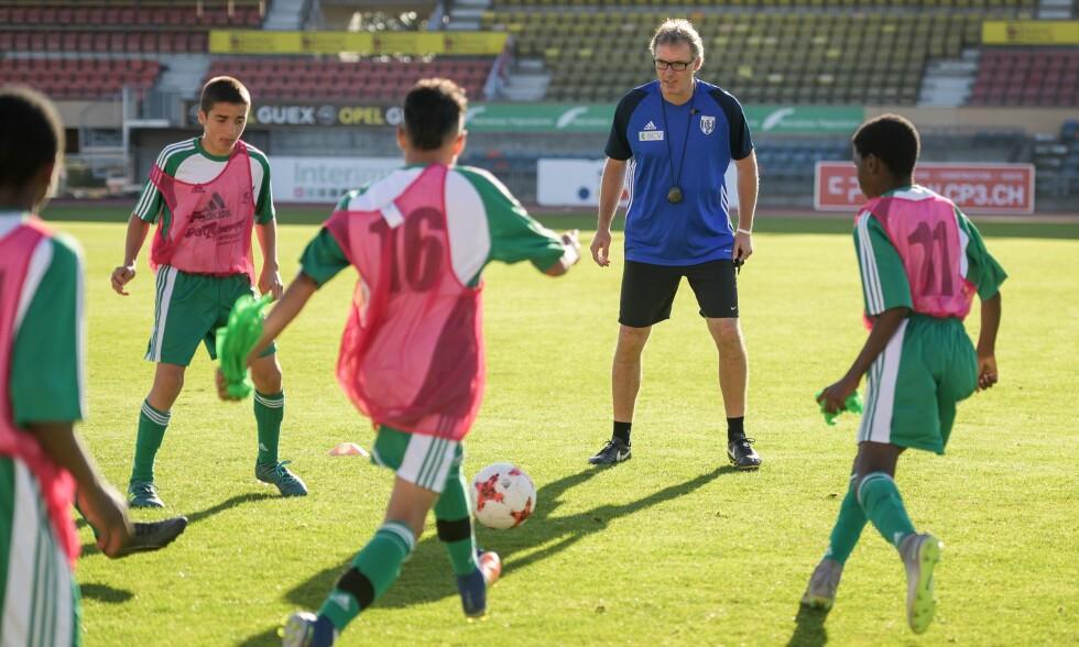 ETTERTRAKTET: Spillere blir hentet i yngre og yngre alder. Både klubber og agenter er ute etter å signere de før alle andre. Illustrasjonsfoto. Foto: AFP/Fabrice Coffrini