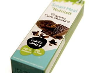 Nutrlietts SmartMeal Premium dark chocolate koster 45,90 kroner, og inneholder to barer a 218 kcal.