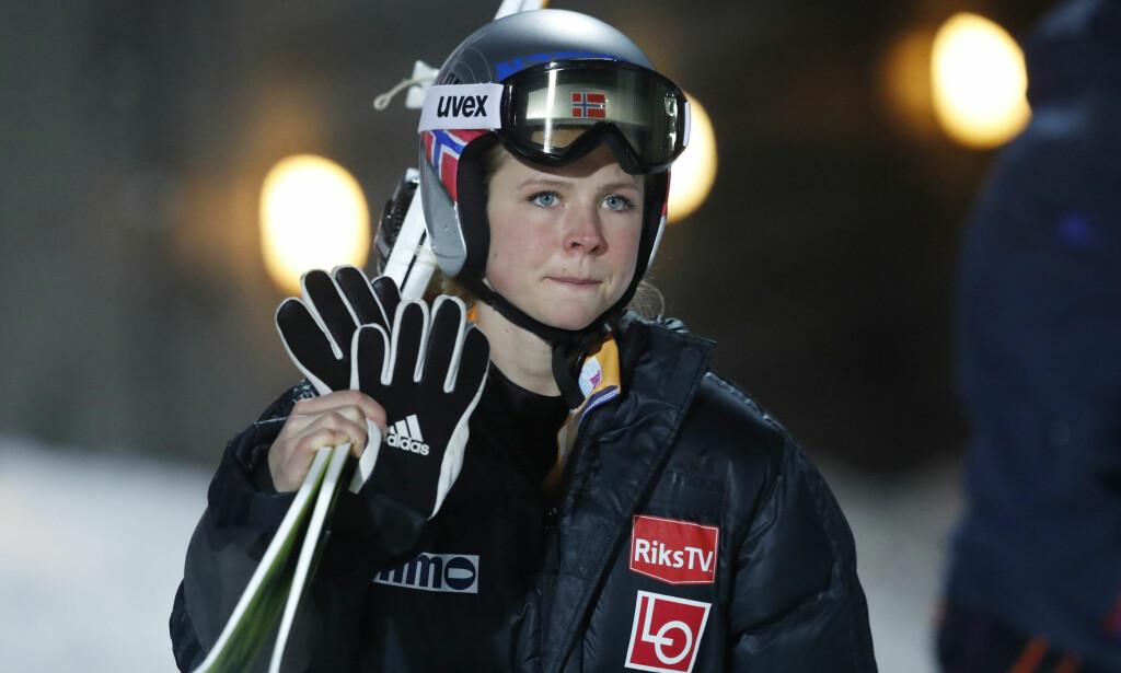 KJEMPER I TOPPEN: Skihopperen Maren Lundby har hatt tidenes sesong så langt. Hun står fram som et av Norges største gullhåp under OL i Sør-Korea. Lørdag og søndag er det renn i Sapporo i Japan. Foto: Terje Bendiksby / NTB Scanpix
