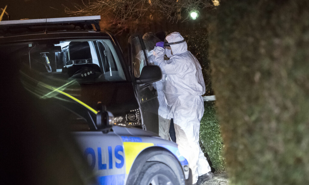 ETTERFORSKNING: En familie på fire er funnet døde i et bolighus i Bjärred utenfor Malmö, opplyser svensk politi. Foto: Johan Nilsson/ TT / NTB scanpix
