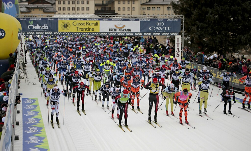 HALVERT: Marcialonga har vært et veldig populært renn blant nordmenn. Nå er oppslutningen halvert på fem år. Foto: AP/Mauro Facchini/NTB Scanpix