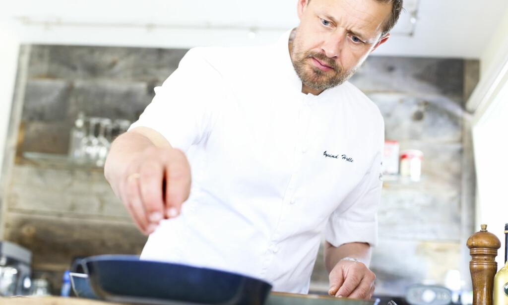 HJELLE KOMMENTERER: Kokken Øyvind Hjelle har vurdert årets mattrender for Dagbladet. Foto: Carl Martin Nordby / Calle knips