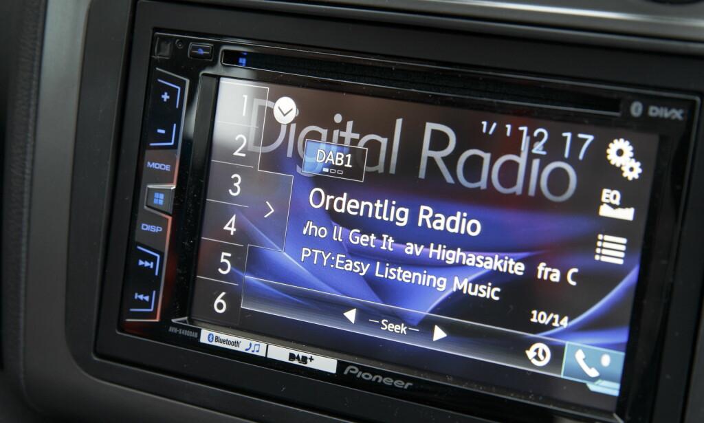 Det digitale radioskiftet ble avsluttet i desember i fjor med slukking av kommersielle radiokanaler på Østlandet 8. desember og felles slukking av all riksdekkende FM-radio i Troms og Finnmark 13. desember. Foto: Gorm Kallestad / NTB