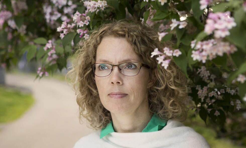 TAR GREP: Tone Sundsdal Hansen trodde knapt hva hun hørte da legen for tre år siden konstaterte at hun hadde Parkinsons sykdom. I dette intervjuet forteller hun om redselen som tok henne, og hvordan hun i dag lever for å bremse sykdomsutviklingen. Foto: Ellen Johanne Jarli og privat