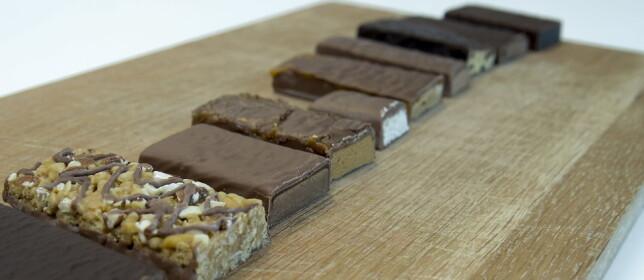 KOMPAKT: I motsetning til luftige sjokolader, er slankebarene veldig kompakte og faste i konsistensen.