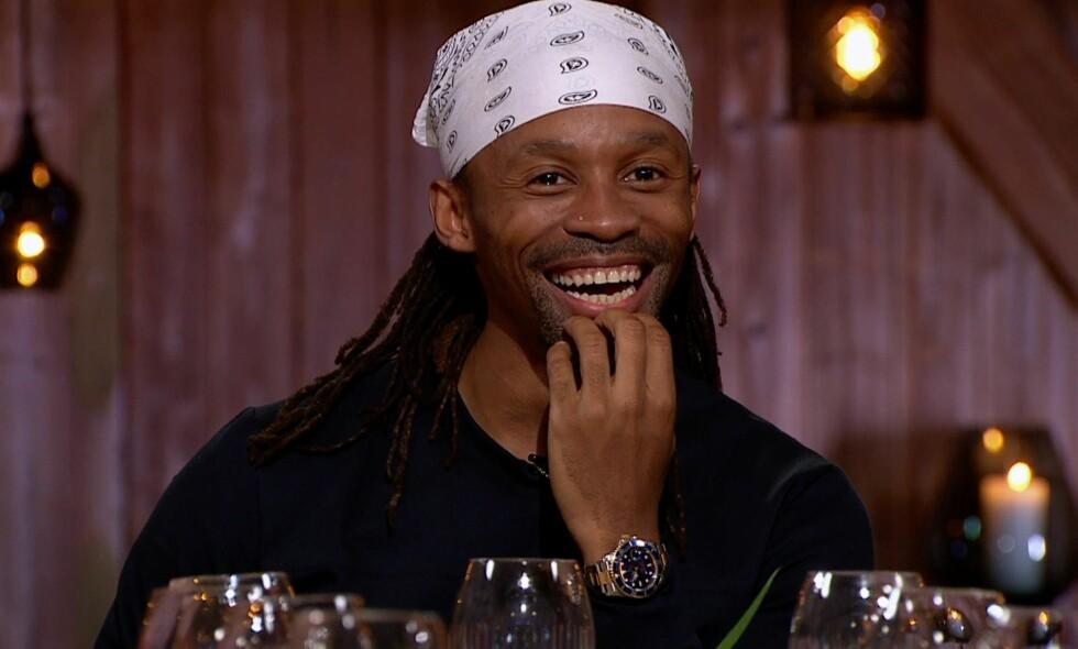 FØRST UT: Tsahwe Baaqwa var hedersgjest i det første programmet i sesong sju av «Hver gang vi møtes» på TV2 i kveld. Dagbladet anmeldte alle låtene. Alle foto: TV2