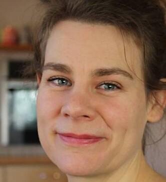 ENGASJERT JORDMOR: Kari Klocke ønsker seg roligere omgivelser på norske fødestuer. Foto: Privat
