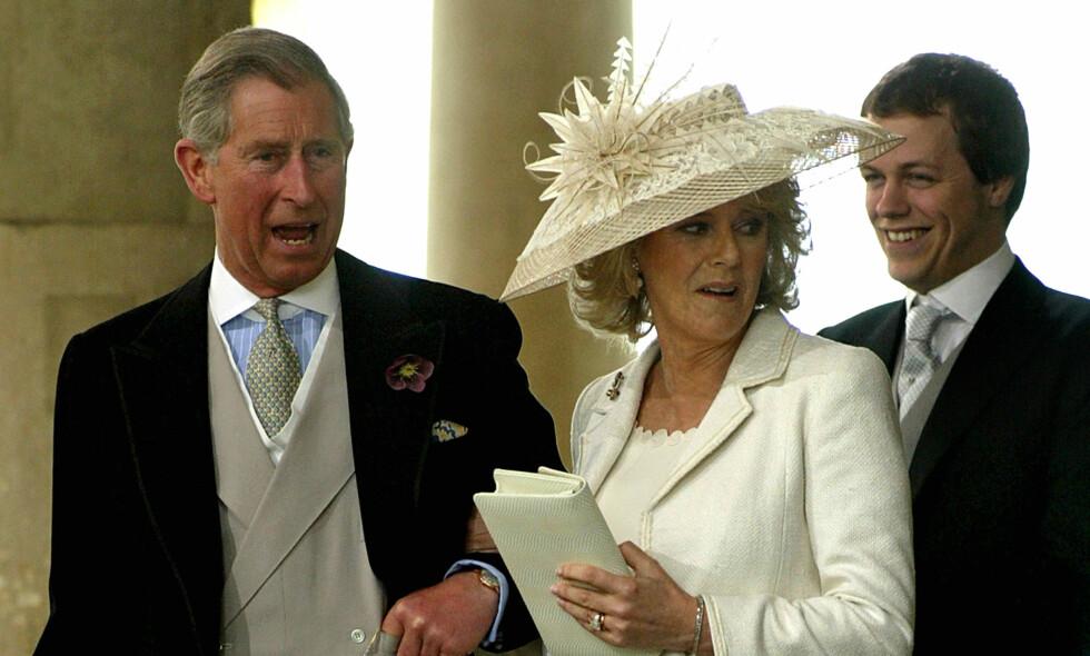 SEPARERT: Sønnen til hertuginne Camilla, Tom Parker Bowles (til høyre) separeres fra kona etter tolv år. Foto: NTB Scanpix