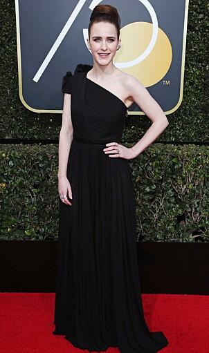 <strong>SVART:</strong> Under Golden Globe-utdelingen gjorde Rachel som flere av de store stjernene. Hun ankom i svart. Foto: NTB Scanpix