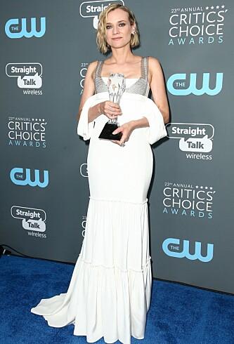 <strong>HVIT:</strong> Under Critics´ Choice-utdelingen valgte Diane Kruger en hvit kjole. Foto: NTB Scanpix