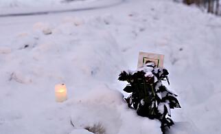 LYS: Det er lagt ned lys og blomster på et av de to stedene Jemtlands blod ble funnet. Foto: Christian Roth Christensen / Dagbladet