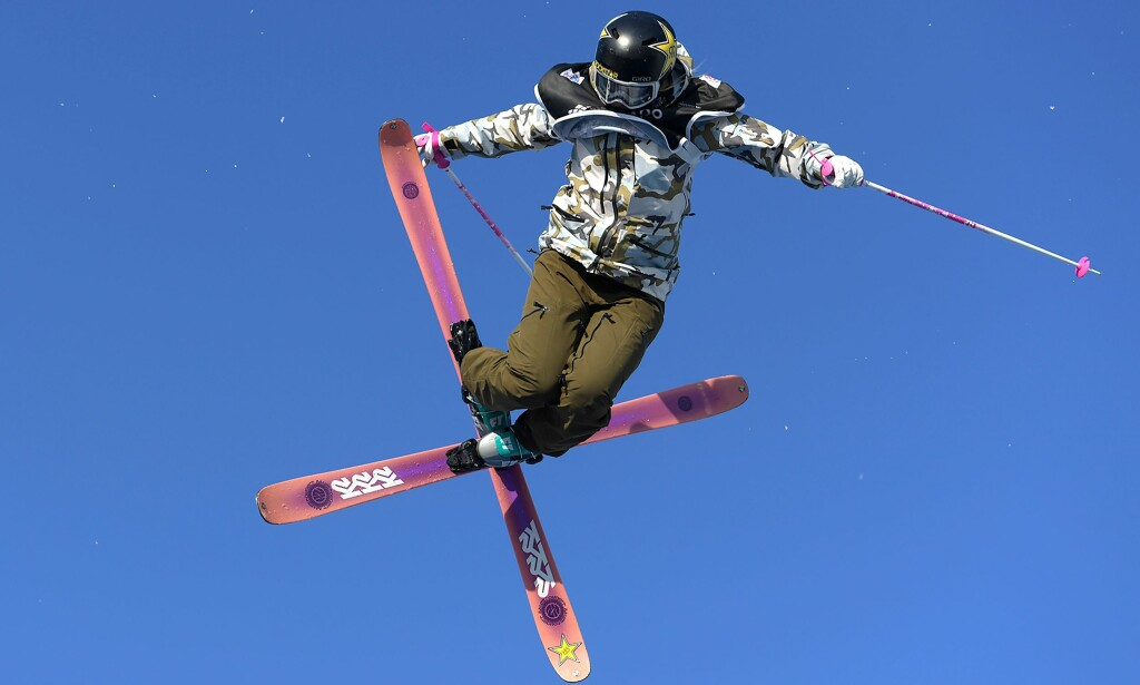 IMPONERER: Johanne Killi tok en sterk andrepass under X-Games i Aspen søndag. FOTO: MIGUEL MEDINA / AFP PHOTO