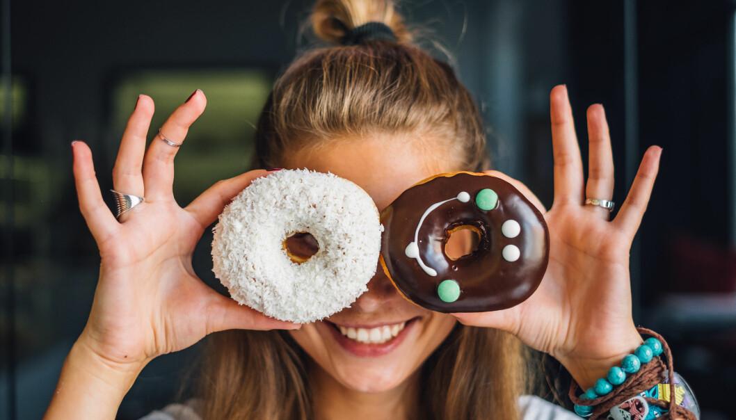 <strong>SPISE SØTSAKER TIDLIG PÅ DAGEN:</strong> Så lenge du spiser bakst og søtsaker tidlig på dagen, så er det greit? Nei, så lett er det ikke, mener Rosvoll. FOTO: NTB scanpix