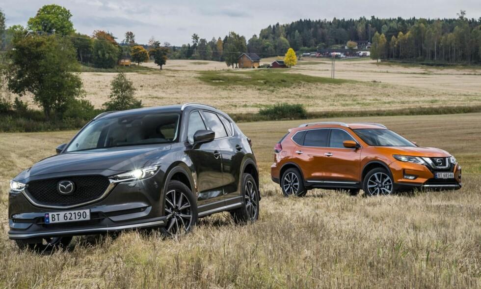 OPPGRADERTE: Både Mazda CX-5 og X-Trail er blitt nye. Foto: Jamieson Pothecary