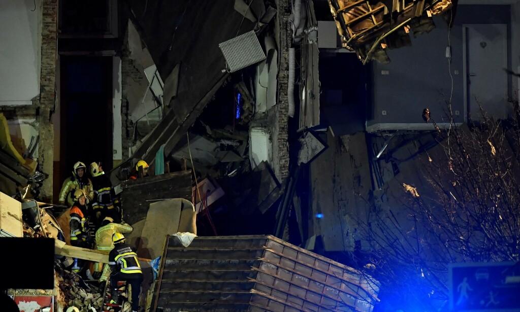 TOTAL ØDELEGGELSE: Bygården er totalskadd etter eksplosjonen. Foto: Dirk Waem / Belga / AFP