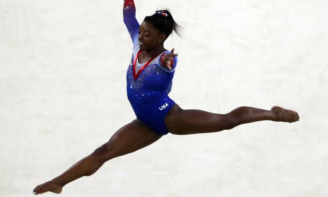 KAN SINE SAKER: USAs Simone Biles har vært en dronning i turn. Foto: NTB Scanpix