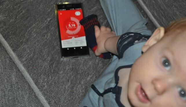 GOD OVERSIKT: Selv om Ole Einar (1) kanskje ikke var den mest aktive brukeren av mobildata, hadde mor Lise-Marie (31) full oversikt over familiens bruk gjennom appen. Foto: Privat.