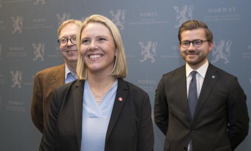 STATSSEKRETÆRER: Her statssekretærene Thor Kleppen Sættem (th) og Sveinung Rotevatn. Foto: Terje Bendiksby / NTB scanpix