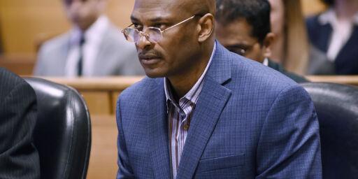 image: Satt fengslet 25 år for et drap han ikke begikk. Nå har han fått erstatning