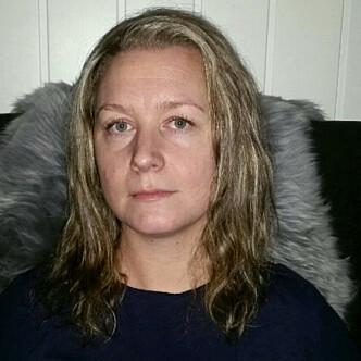 <strong>FRUSTRERT:</strong> Stine Steinsæter planla å gi et av barna GPS-klokke til jul, men i midten av januar har hun fremdeles ikke fått den til å fungere som den skal. Foto: Privat