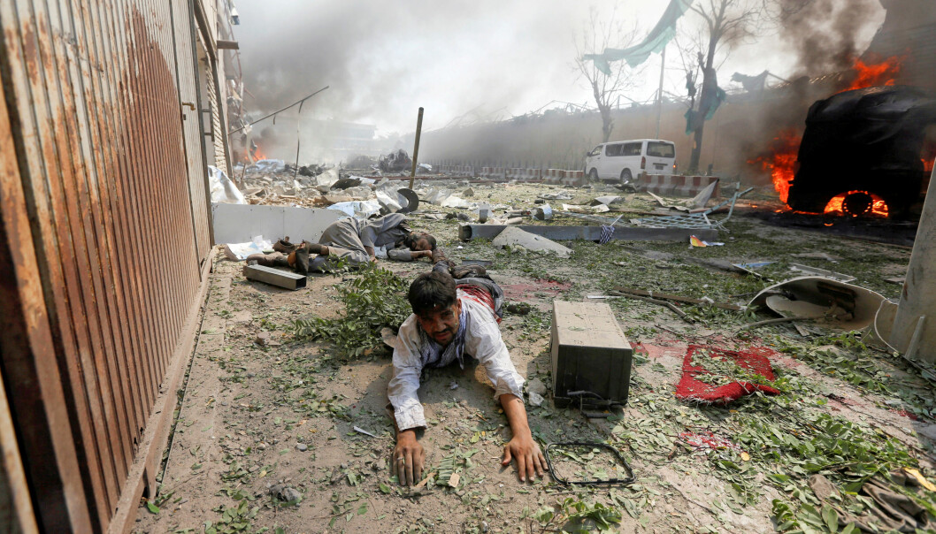 <strong>BOMBEANGREP:</strong> Det er ikke rart Afghanistans folk gisper etter fred. Her etter et bombeangrep i Kabul i 2017. REUTERS/Omar Sobhani/NTB