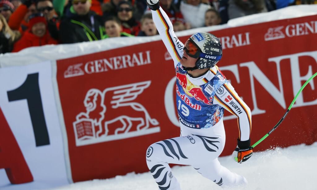 SENSASJON: Thomas Dressen kjørte inn til ny ledertid fra et relativt sent startnummer i utforen i Kitzbühel og sjokkerte alpintverden. Foto: AP Photo/Marco Trovati