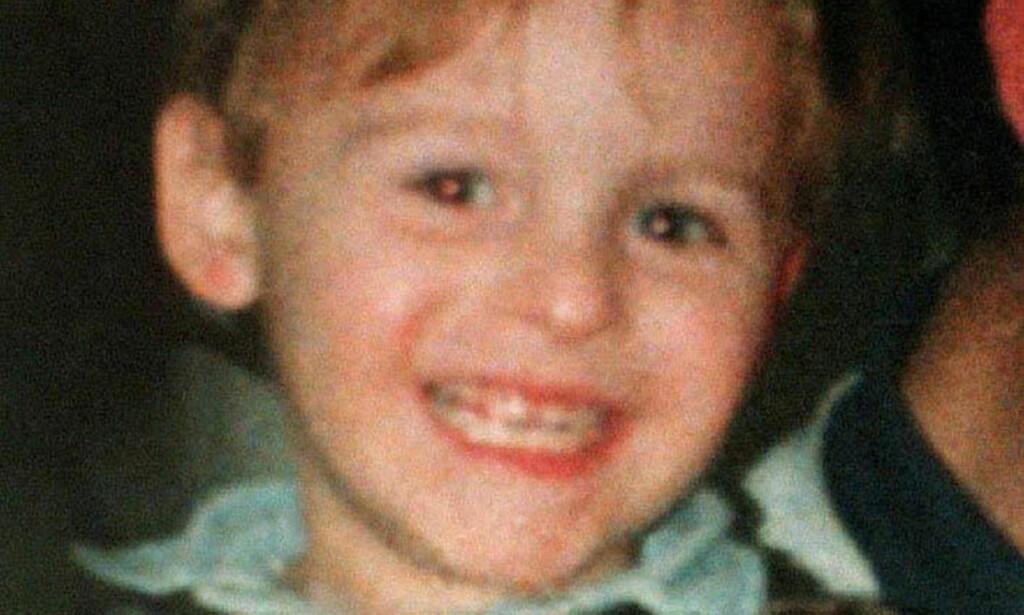 EN GLAD GUTT: James Bulgers mor Denise har skrevet bok om sin to år gamle sønn. Han var en gutt som elsket å få folk til å le, skriver hun blant annet i boka. Foto: Scanpix