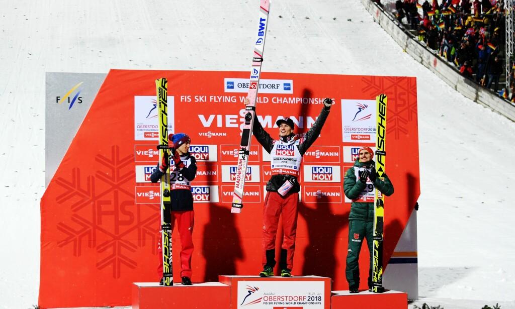 TIL TOPPS: Daniel-André Tande vant foran Kamil Stoch og Richard Freitag. Foto: Vegard Wivestad Grøtt / Bildbyrån