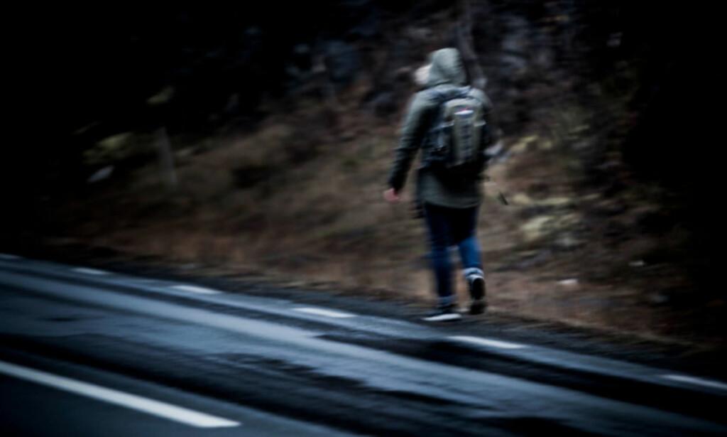 FORVIRRING OG TVIL: I november i fjor ba et stortingsflertall om at Regjeringen, med Sylvi Listhaug i spissen, sørger for at «hensynet til barnas beste» vektlegges mer enn før når det gjelder de såkalte oktoberbarna: De unge afghanerne som kom til Norge da flyktningkrisa var på topp, i 2015-2016. I dag, flere måneder etter. er det fortsatt uklart om personer som «Armin», som rømte fra Norge i oktober, er omfattet av vedtaket til Stortinget. <br>Foto: Christian Roth Christensen