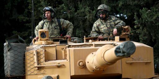 image: Kurderne i Syria var med på å knuse IS, nå blir de knust sjøl