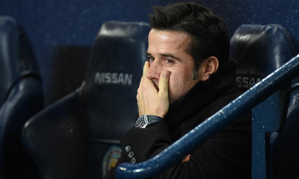 SPARKET: Marco Silva fikk sparken søndag formiddag. Nå er erstatteren klar. Javi Garcia har skrevet under en kontrakt på 18 måneder. AFP PHOTO/Oli SCARFF