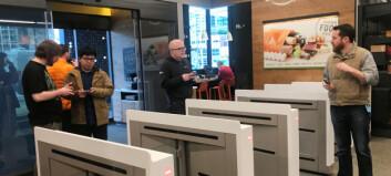 Nå åpnes de første helautomatiserte matbutikkene: - Det kommer til å gå fort