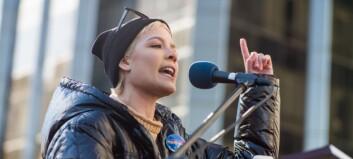 Artistens sterke dikt om seksuelle overgrep går verden rundt