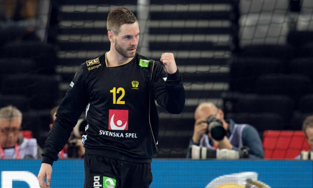 STOR: Andreas Palicka stod en praktkamp for Sverige og reddet halvparten av skuddene han møtte. FOTO: Bildbyrån