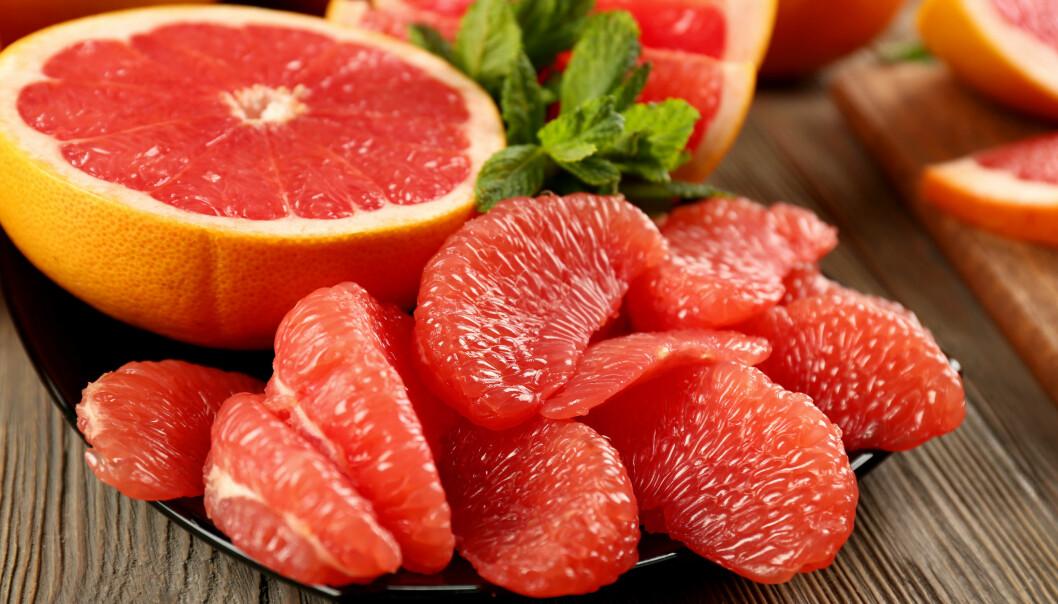 GRAPEFRUKT: En halv grapefrukt gir deg halvparten av dagsbehovet ditt av C-vitamin. FOTO: NTB Scanpix