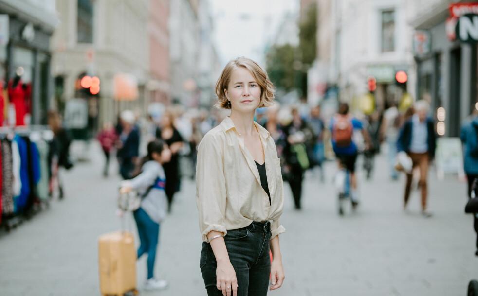 <strong>IKKE FORNØYD:</strong> Dersom de eksterne fondsforvalterne ikke etterlever bestemte krav til etikk og bærekraft, bør de heller ikke selge produktene sine gjennom norske bankers handelsplattformer, mener Anja Bakken Riise, leder i Framtiden i våre hender. Foto: Renate Madsen.