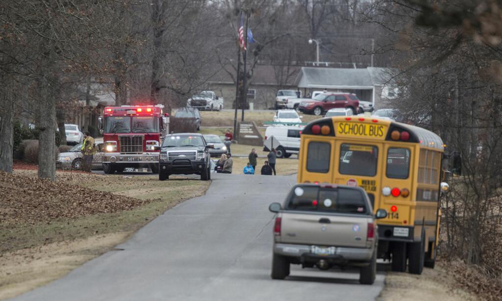 SKOLESKYTING: Minst én person skal være drept under skoleskytingen i Kentucky. Foto: AP / Ryan Hermens