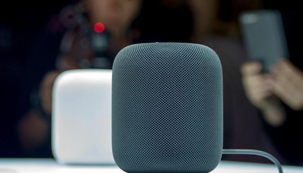 <strong>SIRI-HØYTTALER:</strong> Apple er klare for å ta opp kampen om smarthøyttalerne mot Amazon og Google. Foto: NTB Scanpix/AFP