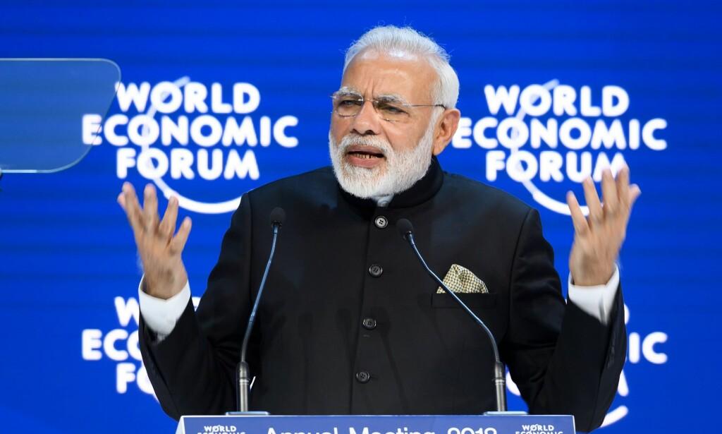 ÅPNINGSTALE: Narendra Modi pekte på proteksjonisme som en av de største truslene mot verden. Foto: Fabrice Coffrini / AFP / NTB Scanpix