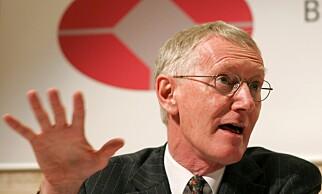 FINANSNESTOR: William White (74) er leder for OECDs evalueringsutvalg og tidligere leder for Den internasjonale oppgjørsbanken (BIS). Foto: Markus Stücklin / AP / NTB Scanpix