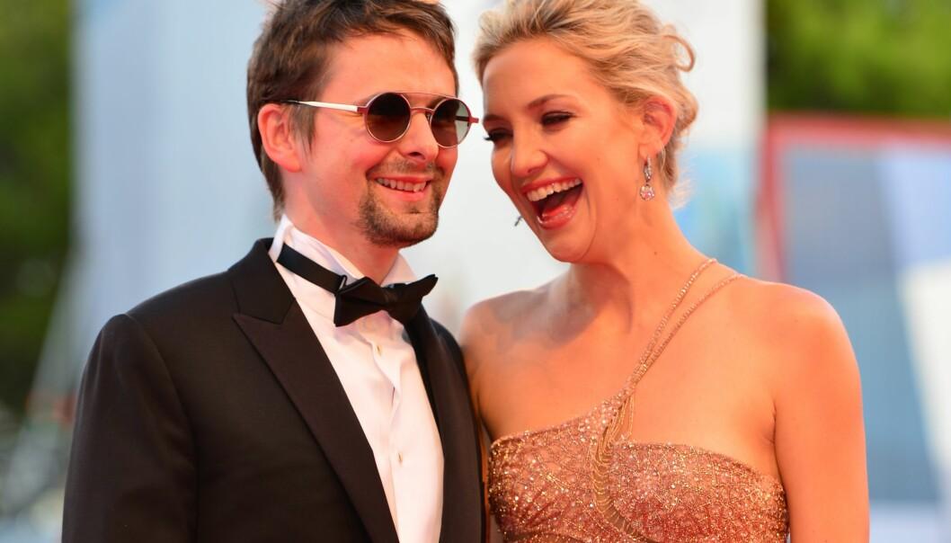 VAR FORLOVET: Matt Bellamy og Kate Hudson gjorde det slutt i desember 2014 etter fire år som kjærester og tre år som forlovet. Foto: NTB Scanpix.