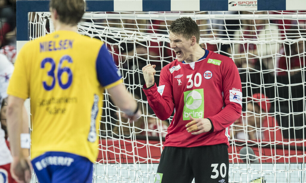 GOD: Torbjørn Bergerud mot Sverige i håndball-EM. Foto: Vidar Ruud / NTB scanpix