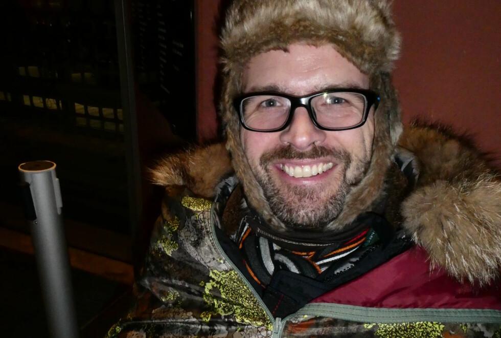 TÅLMODIG: I går sørget Bjørn Håvard Larsen for å være førstemann i køen på Vinmonopolets utsalg på Aker Brygge. Først neste torsdag åpner Bourgogne-slippet! Foto: Lars O Gulbrandsen