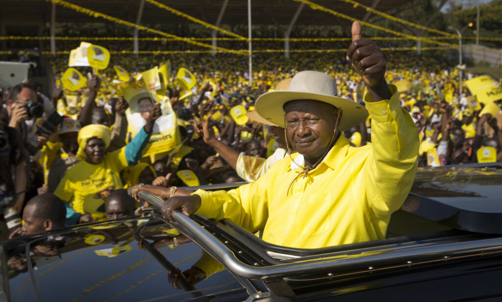 image: Ugandas president hyller Trump: - Det er vår feil