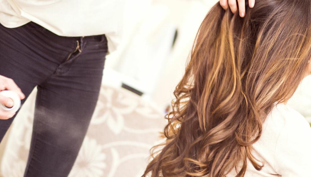 - Veldig mange bruker feil produkter til sitt hår