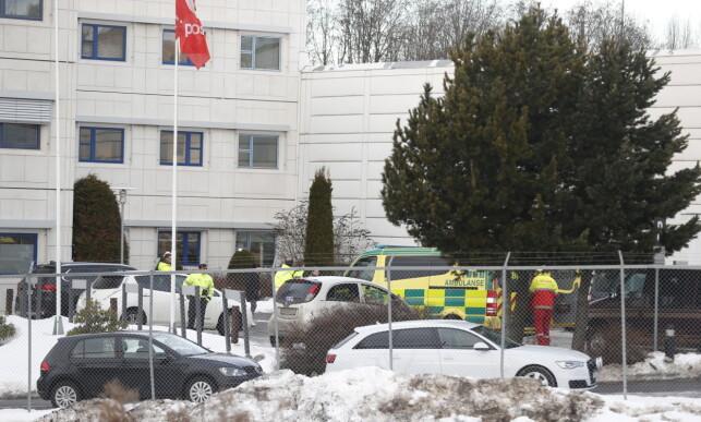 KRITISK SKADD: Posten bekrefter at den kritisk skadde personen er sjåfør for selskapet Bring. Foto: Bjørn Langsem