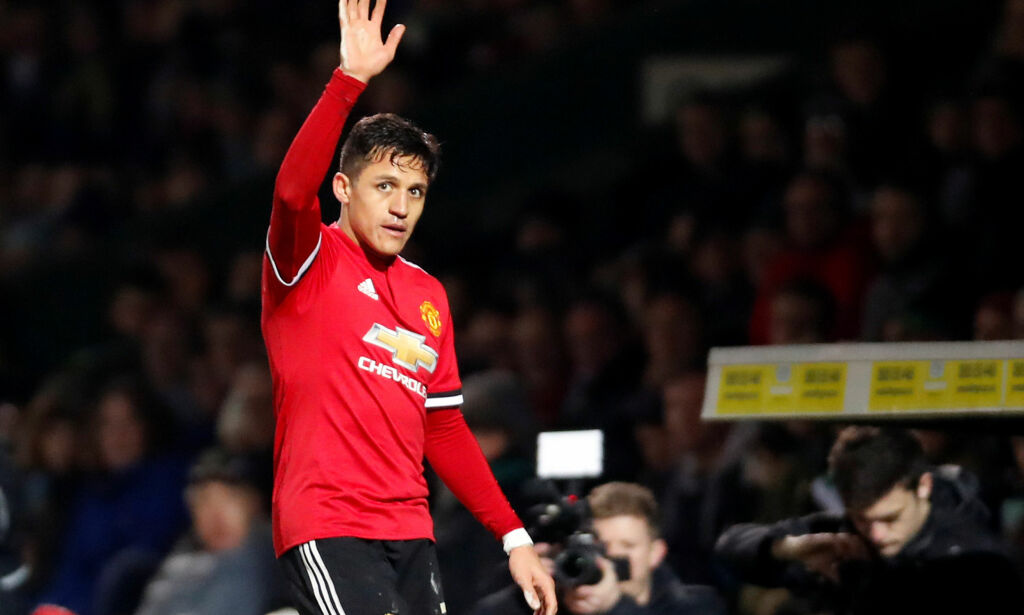 Soccer Football - FA Cup Fourth Round - Yeovil Town vs Manchester United - Huish Park, Yeovil, Britain - January 26, 2018   Manchester Uniteds Alexis Sanchez waves to the fans as he is substituted off   Action Images via Reuters/Paul Childs