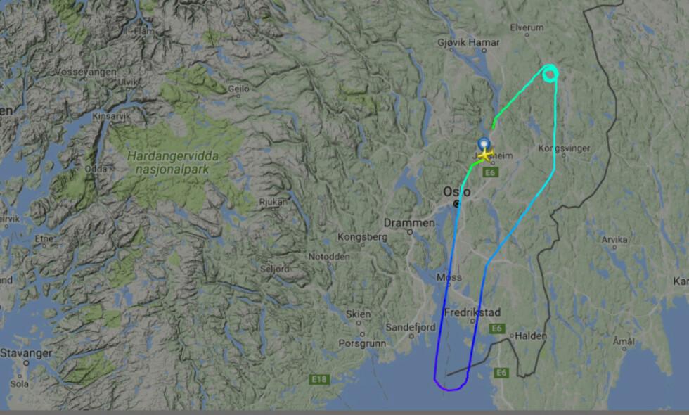 UVANLIG RUTE: Norwegians DY1156 skulle egentlig til München i formiddag, men kom seg ikke lenger enn ut i Skagerrak. Flyet måtte snu, og passasjerene kom seg avgårde et par timer seinere. Skjermdump: Flightradar24
